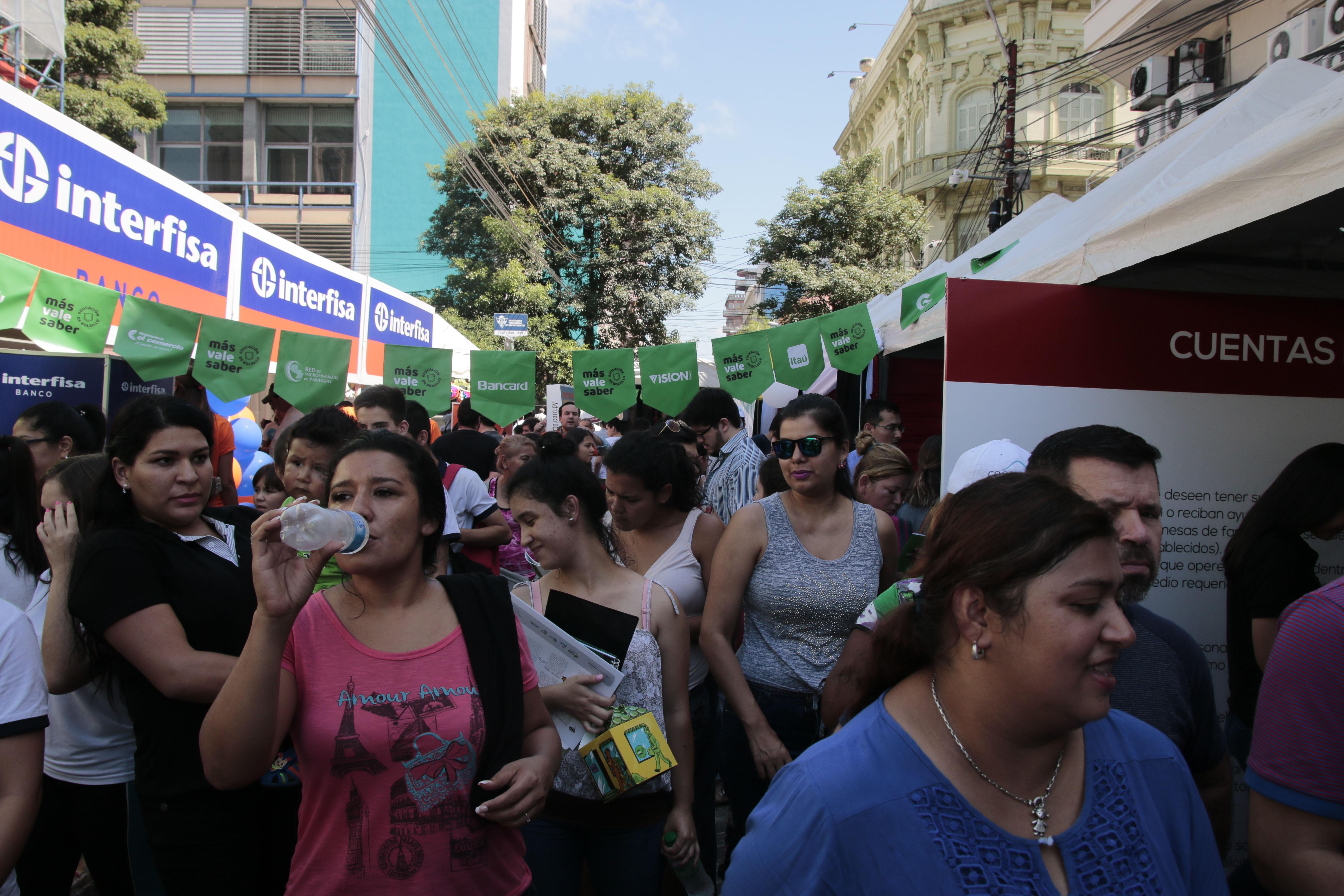 Asunción se transforma por un día en escuela de finanzas